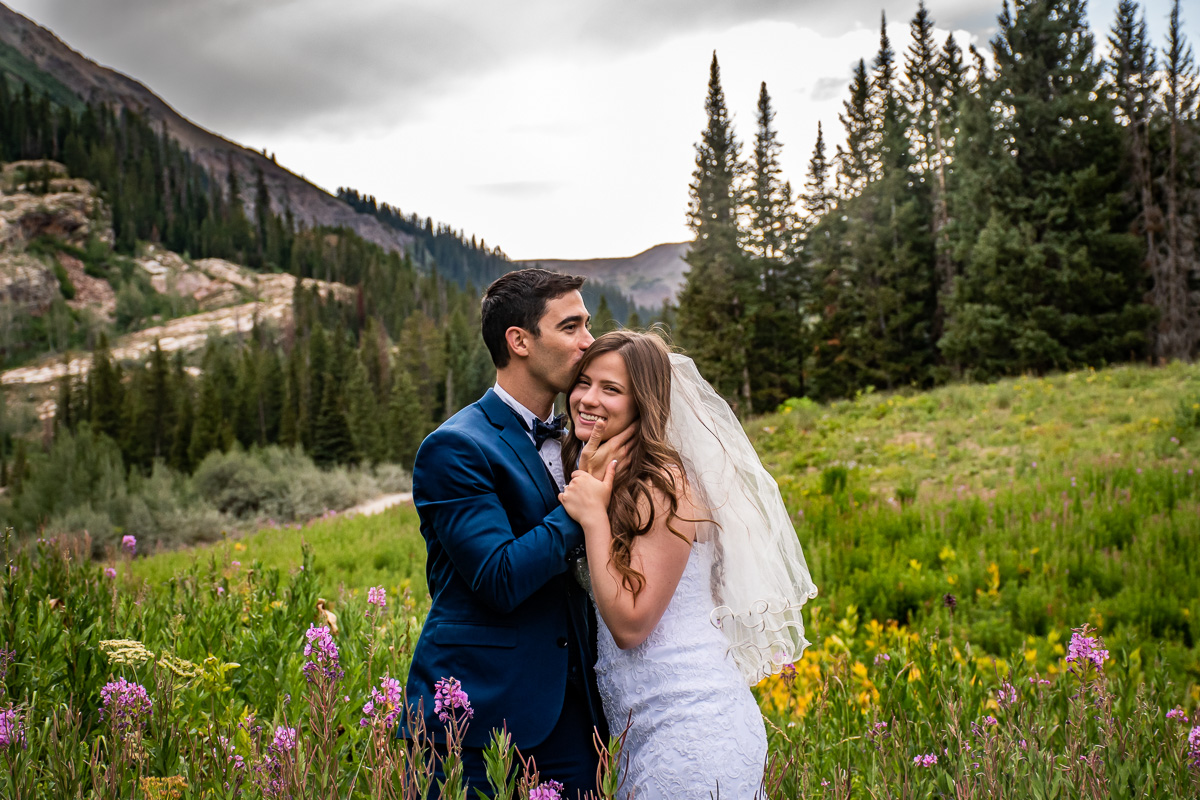 Jessa Rae Photography | Wedding photographer in Palisade, Colorado featured on WED West Slope - a directory for wedding vendors.
