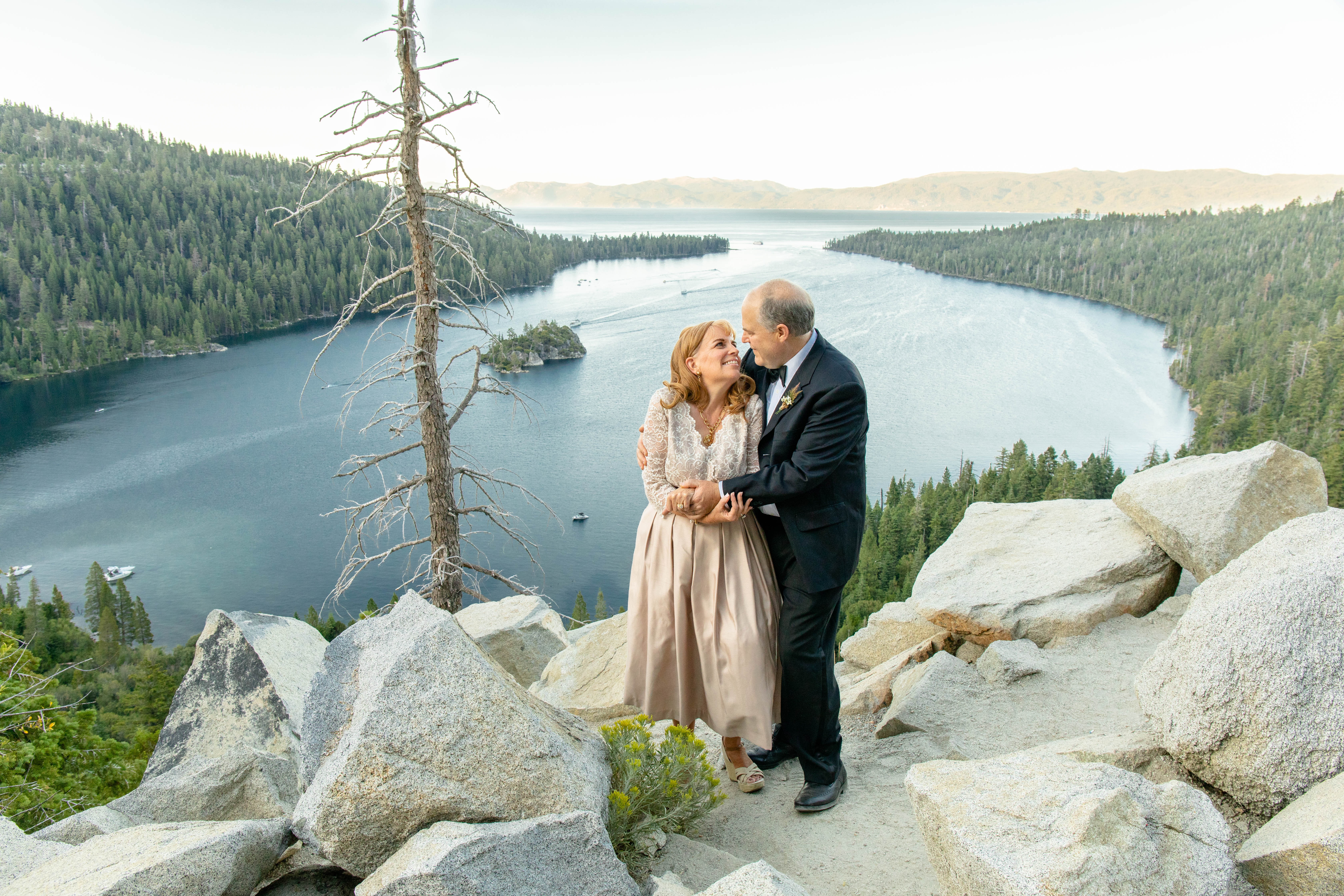 Mindy Stratton Photography   Wedding photographer in Delta, Colorado featured on WED West Slope - a directory for wedding vendors.